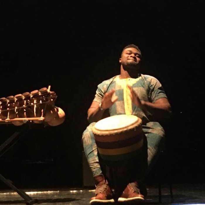Stage de djembe avec Adiouma Diabaté