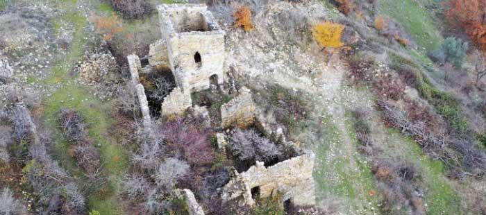 Visite guidée du village médiéval de Montlaux